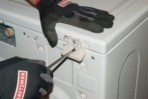 تعویض لاستیک ماشین لباسشویی